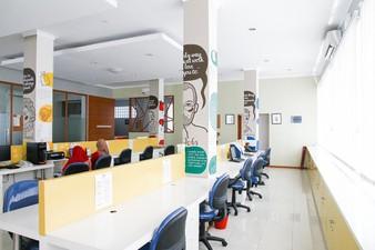 Fixed Desk photos