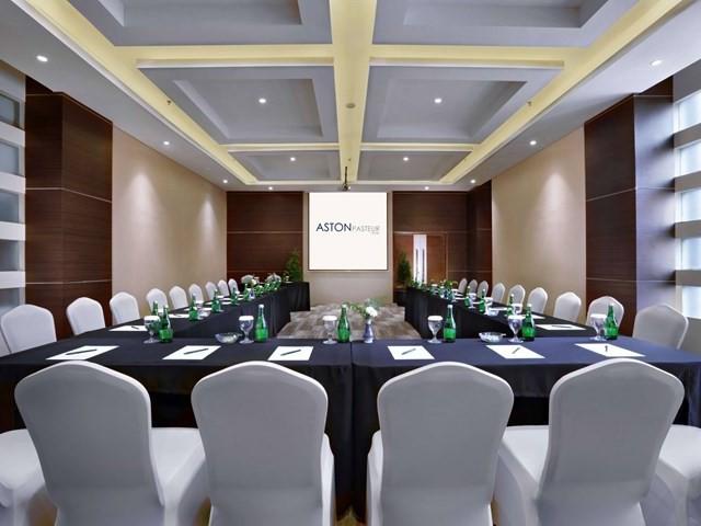 ruang-meeting-di-sukajadi-bandung-hotel-aston-pasteur-bandung-kalingga-2-0