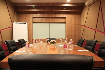 thumb-paket-meeting-di-favehotel-ltc-glodok,-echo-room-1
