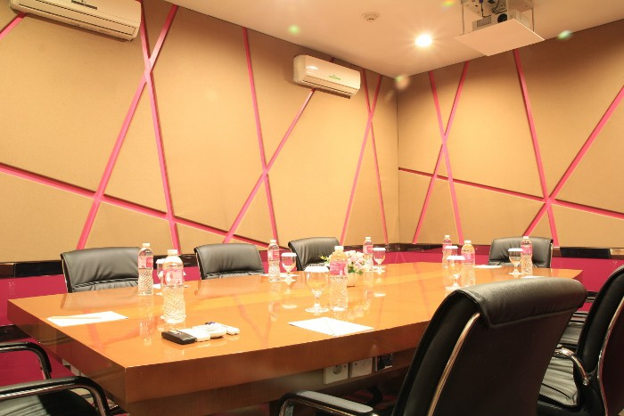 paket-meeting-di-favehotel-ltc-glodok,-echo-room-3