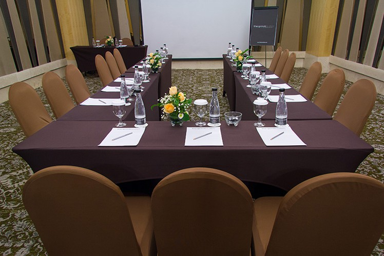 paket-meeting-di-the-grove-suites-by-grand-aston,-epi-3-room-0