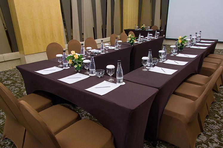 paket-meeting-di-the-grove-suites-by-grand-aston,-epi-3-room-1