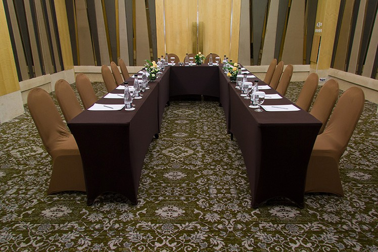 paket-meeting-di-the-grove-suites-by-grand-aston,-epi-3-room-3