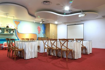 photo of Classroom Jakarta Aquarium Indonesia, Jakarta Aquarium Indonesia 5 4