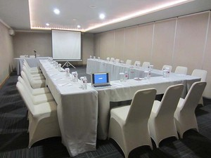 photo of JAMPANG 4 Room di Favehotel PGC Cililitan 5