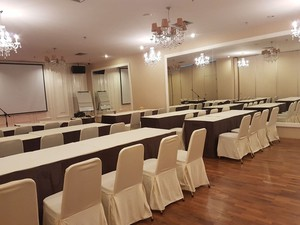 photo of Joined Meeting Room di HopeClat Permata Kuningan 4 3