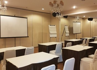 photo of Joined Meeting Room di HopeClat Permata Kuningan 4 10