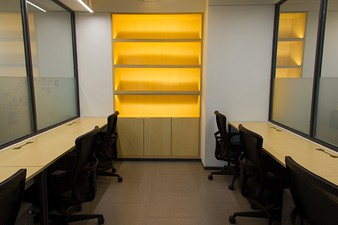 photo of Kantor di Chubb Square Podium 3 2
