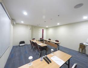 photo of Tulip Room, Lt 8, Favehotel Zainul Arifin 5 3