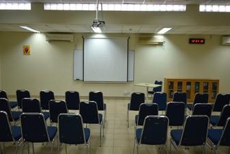 photo of Committee Room di Sekolah Perkumpulan Mandiri 0 3