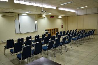 photo of Committee Room di Sekolah Perkumpulan Mandiri 0 4