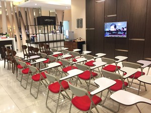 photo of Lounge di Lippo Mall Puri 3 4