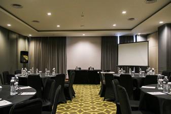 photo of Theater 6 di Rivoli Hotel Jakarta 5 3