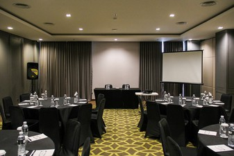 photo of Theater 6 di Rivoli Hotel Jakarta 5 12