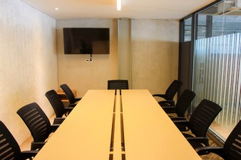photo of Meeting Room 2 di Hiveworks Co-Work & Cafe 1 2