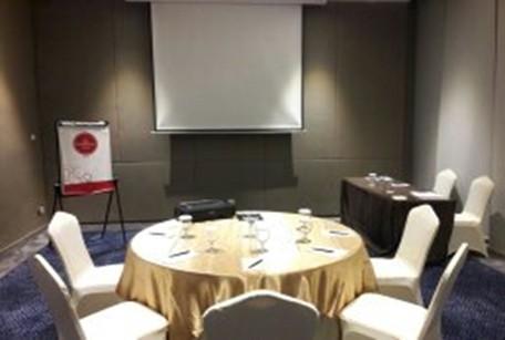 paket-meeting-di-hotel-grandhika-setiabudi-medan,-kenari-0