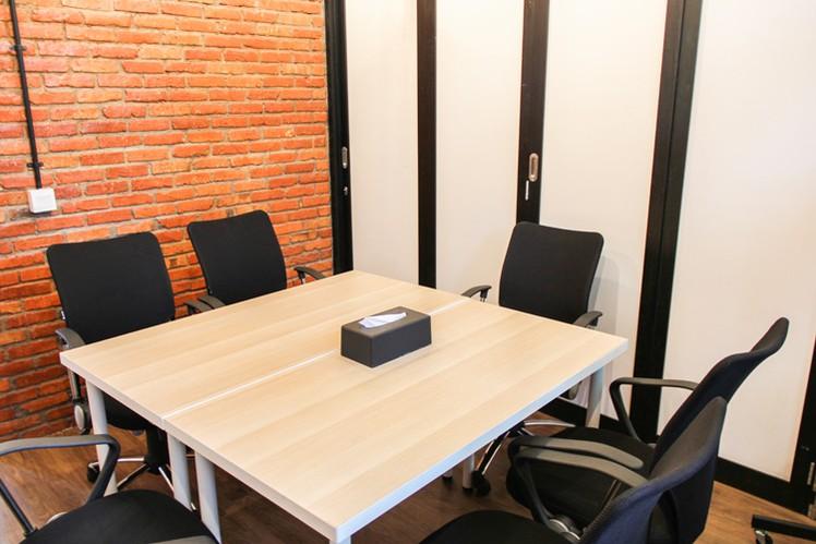 ruang-meeting-di-setiabudi-jakarta-selatan-gedung-jsc-jayakarta-0