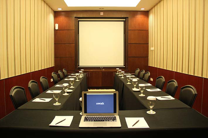 Sewa Ruang Meeting Ruby Room Di Aston Cengkareng City Hotel Xwork