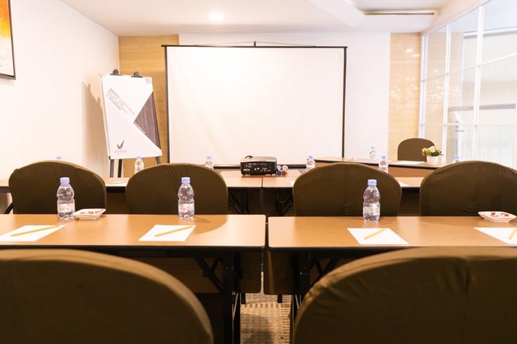 paket-meeting-di-vl-space,-okane-room-2