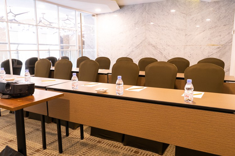 paket-meeting-di-vl-space,-okane-room-7