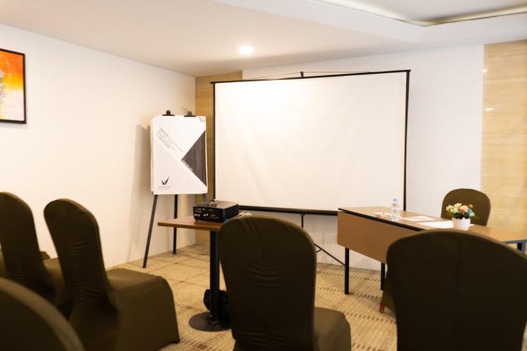 paket-meeting-di-vl-space,-okane-room-13