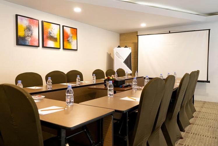 paket-meeting-di-vl-space,-okane-room-14
