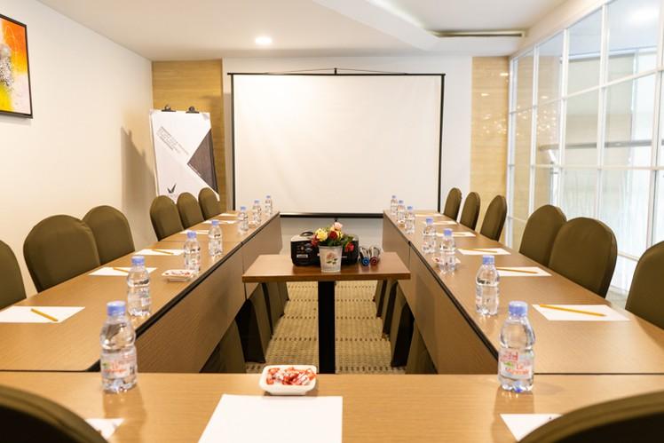 paket-meeting-di-vl-space,-okane-room-16