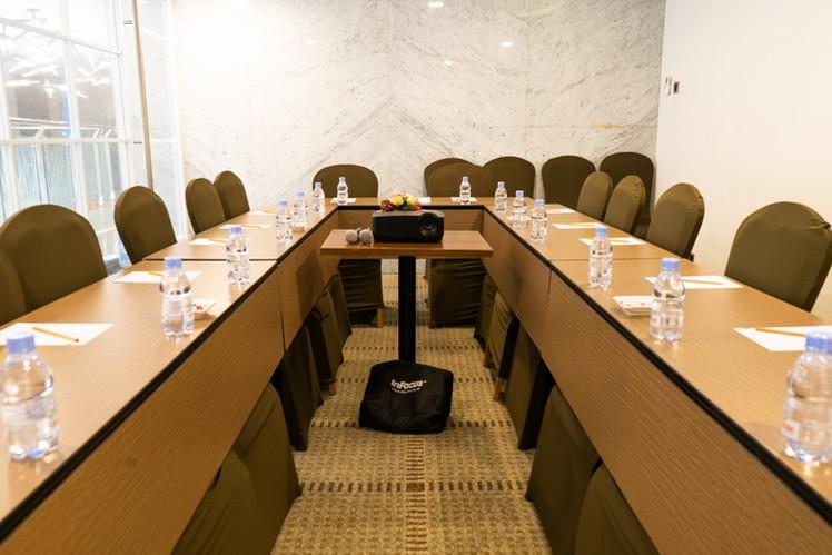 paket-meeting-di-vl-space,-okane-room-19
