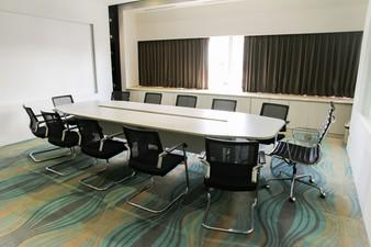 photo of Orion Room di Blue Sky Hotel Petamburan 0 4