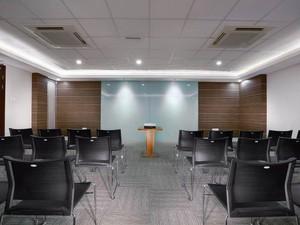 thumb-paket-meeting-di-hotel-neo-gubeng-surabaya,-zion-meeting-room-0