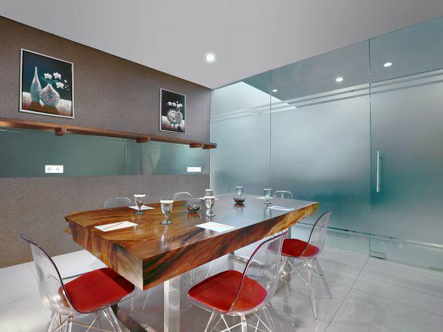 paket-meeting-di-hotel-neo-gubeng-surabaya,-boardroom-0