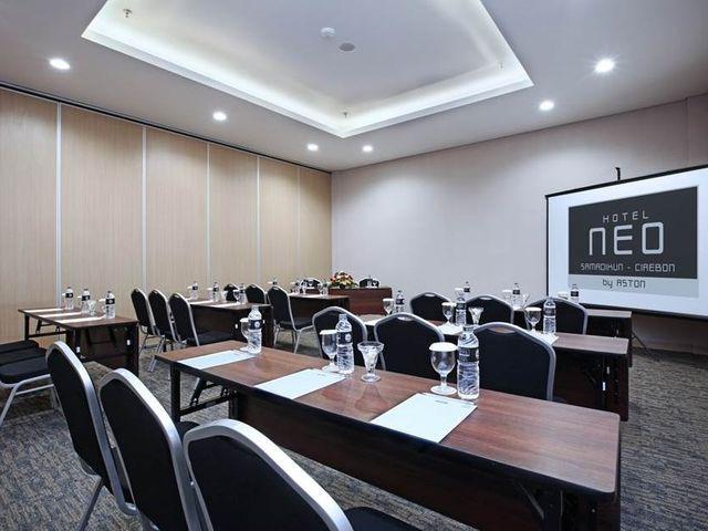 paket-meeting-di-hotel-neo-cirebon,-kasepuhan-meeting-room-0