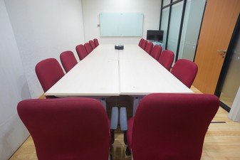 photo of Medium Meeting Room APL Tower di APL Tower 4 2