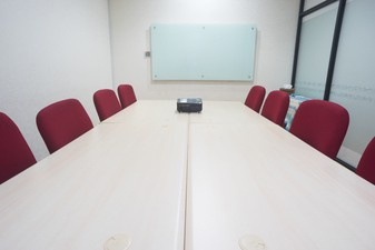 photo of Medium Meeting Room APL Tower di APL Tower 4 3