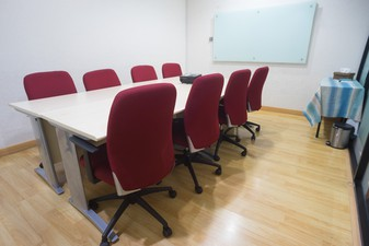 photo of Medium Meeting Room APL Tower di APL Tower 4 4