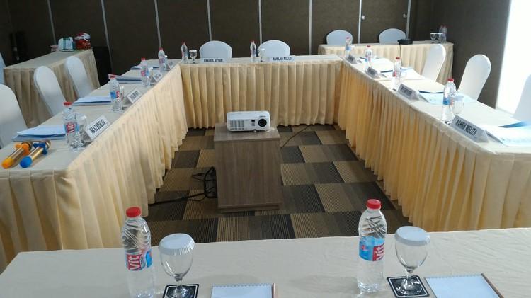 paket-meeting-di-ayaka-suites,-seruni-2-1