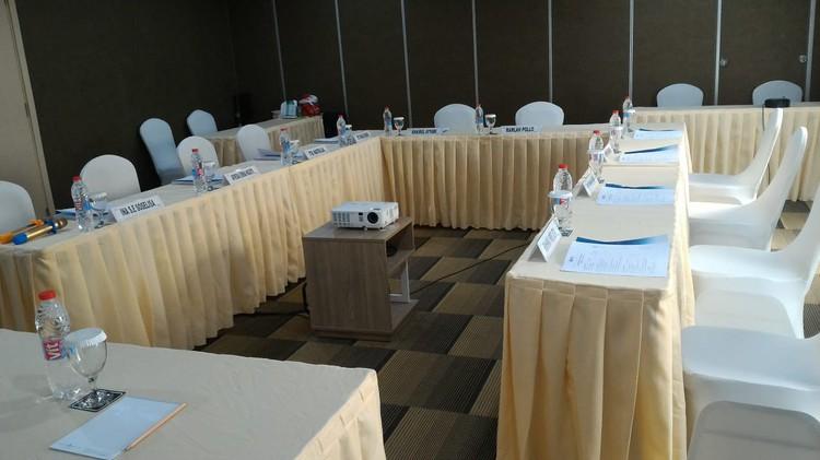 paket-meeting-di-ayaka-suites,-seruni-2-2