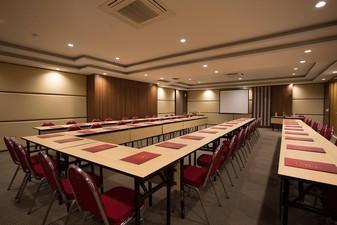 thumb-paket-meeting-di-saris-hotel-&-spa-kuta---bali,-saris-meeting-room-0