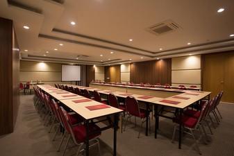 thumb-paket-meeting-di-saris-hotel-&-spa-kuta---bali,-saris-meeting-room-1