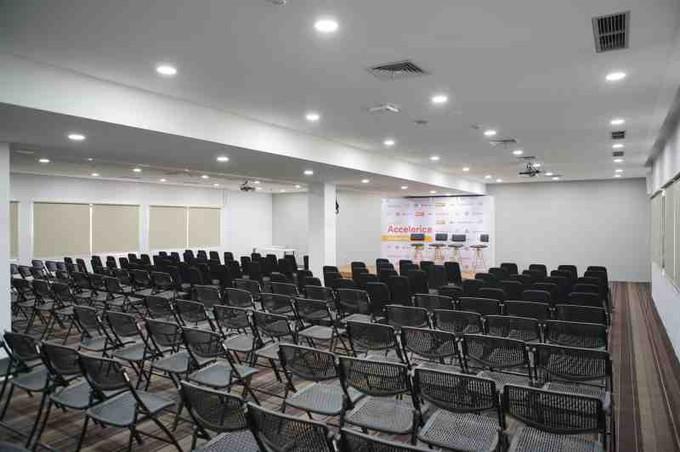 ruang-acara-di-setiabudi-jakarta-selatan-ariobimo-sentral-(annex-building)-medium-event-space-room-(weekend)-0