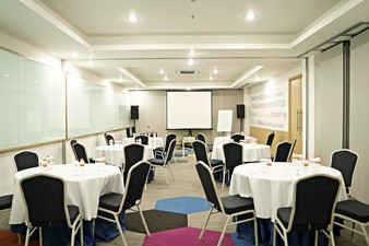 thumb-paket-meeting-di-palm-park-hotel,-tanjung-1-2