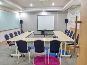 thumb-paket-meeting-di-palm-park-hotel,-tanjung-3-2