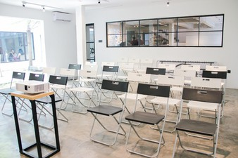 photo of Function Hall di Concrete Co-working Space 1 2