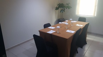 photo of Ruangan VI, Lemo Hotel Serpong 2 1