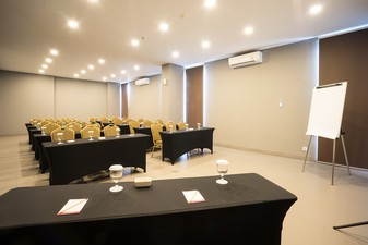 photo of Gold Meeting Room di Maple Hotel Jakarta 4 0