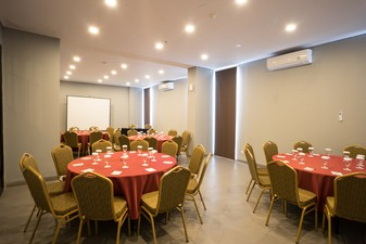 photo of Silver Meeting Room di Maple Hotel Jakarta 5 0