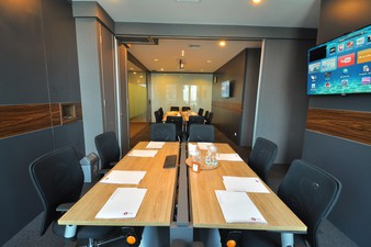 photo of Conference Room di The City Tower 4 1