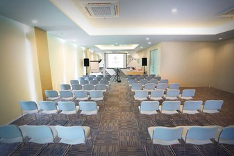 thumb-paket-meeting-di-cleo-business-hotel-jemursari,-jobs-0