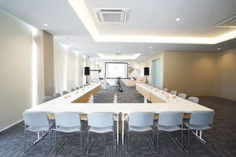 thumb-paket-meeting-di-cleo-business-hotel-jemursari,-jobs-1