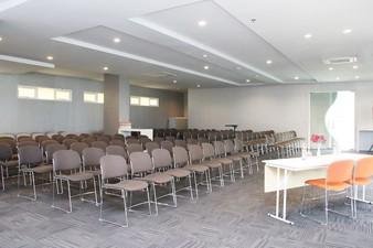 thumb-paket-meeting-di-cleo-business-hotel-jemursari,-warren-3